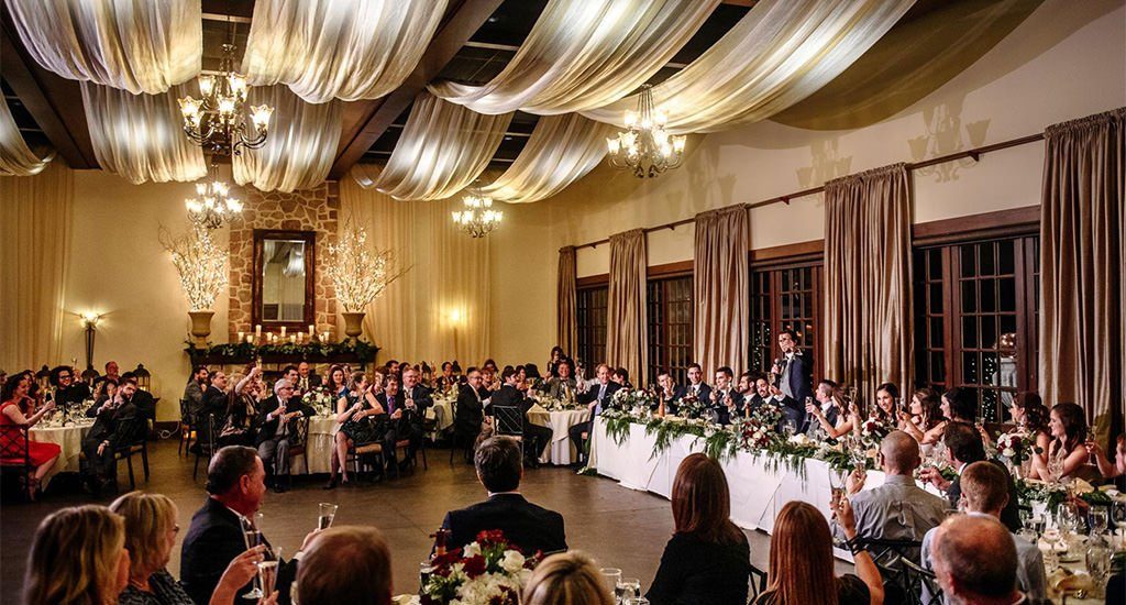 A wedding reception at Inn at Leola Village, a wedding venue in Lancaster, PA