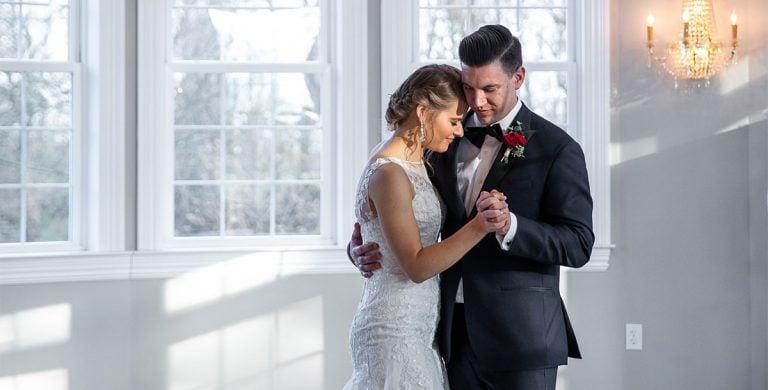 19 Best Michael Bublé Wedding Love Songs (First Dance)